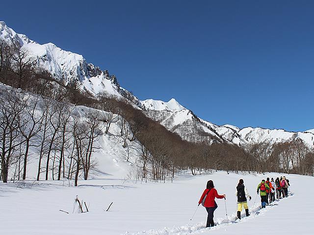 スノーシューツアーで絶景を歩こう!