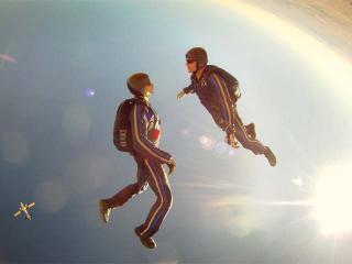 スカイダイビング イメージ